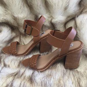 Women's Steve Madden high heel shoes nwot